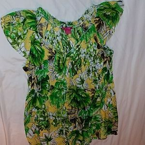 Green/yellow floral peasant top with v-neck